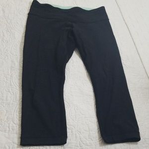 Lululemon capri leggings, with inside multi- color